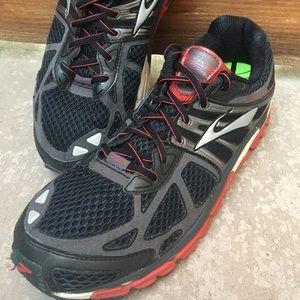 Brooks men BEAST running shoes